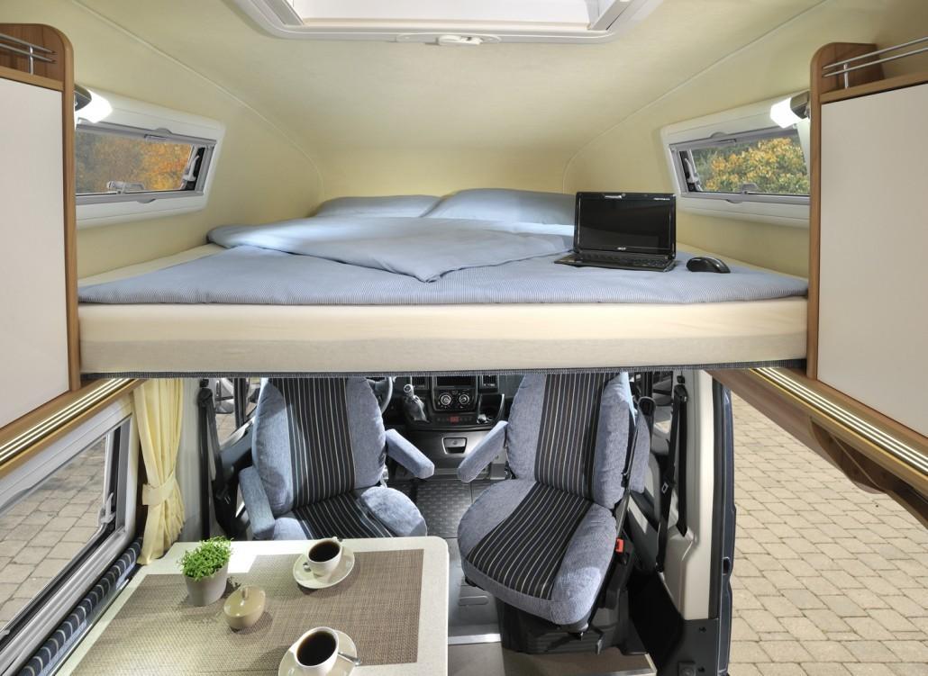 wohnmobile erlangen p ssl h line vario 545. Black Bedroom Furniture Sets. Home Design Ideas