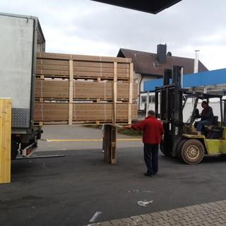 40 Tonner Liefert Zubeh R An Wohnmobile Erlangen