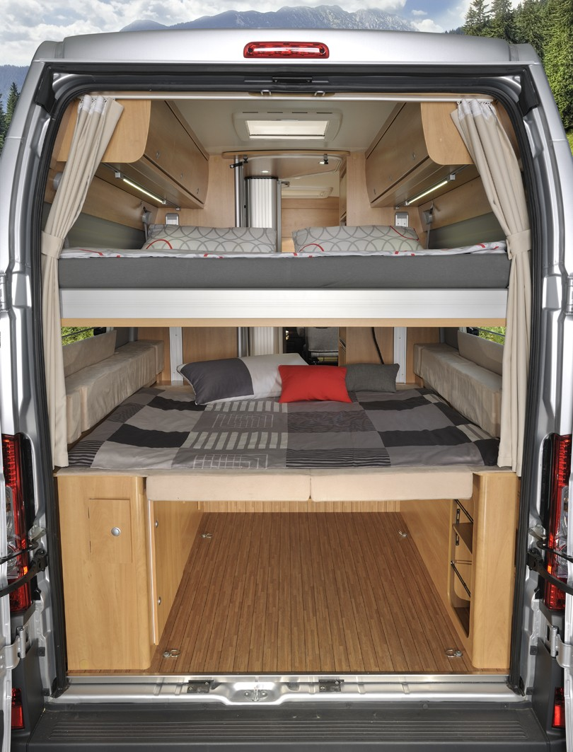 poessl roadcruiser revolution beladen 4840 wohnmobile erlangen. Black Bedroom Furniture Sets. Home Design Ideas