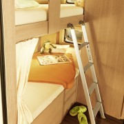 wohnmobile-erlangen-sunlight-C37_stockbett_fenster_auf