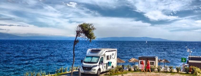 Wohnmobil am Meer in Kroatien
