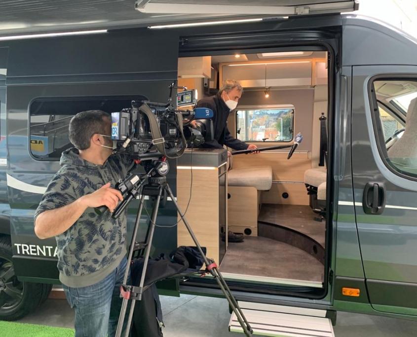 Wohnmobil und Kamera
